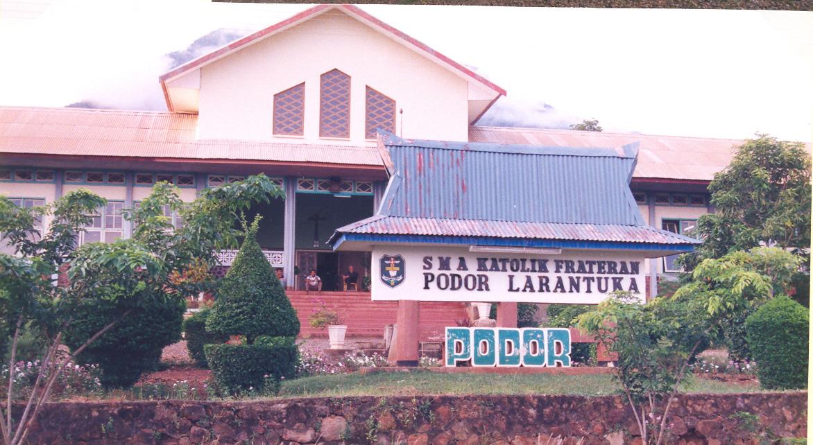 larantuka school