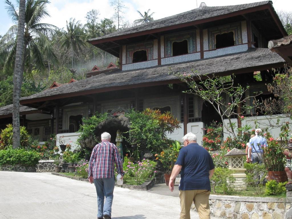 Voor vijf nachten in het hotel Puri Bunga te Sengiggi